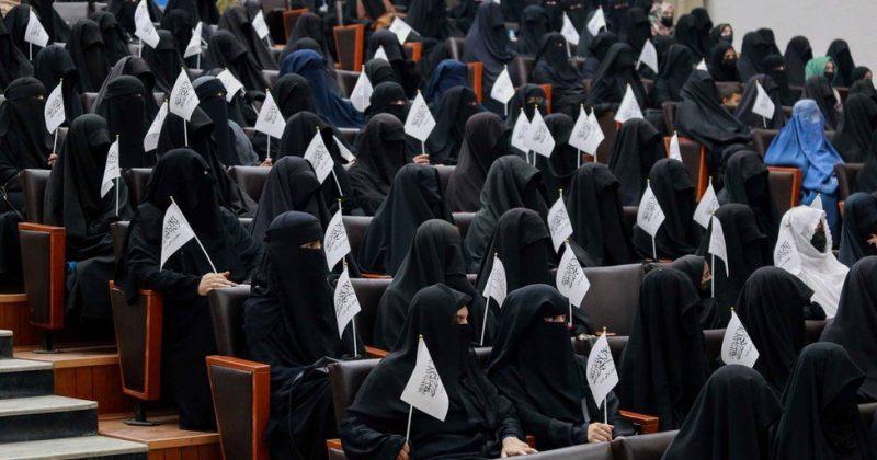 თალიბანმა ავღანელ ქალებს კაცებთან ერთად სწავლა აუკრძალა