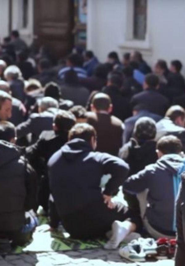 რას ნიშნავს, იყო მუსლიმი საქართველოში? – ედო ჯავახიძე რთულ გამოცდილებას ჰყვება
